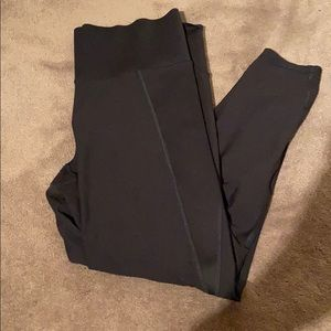 Old navy high waisted workout leggings